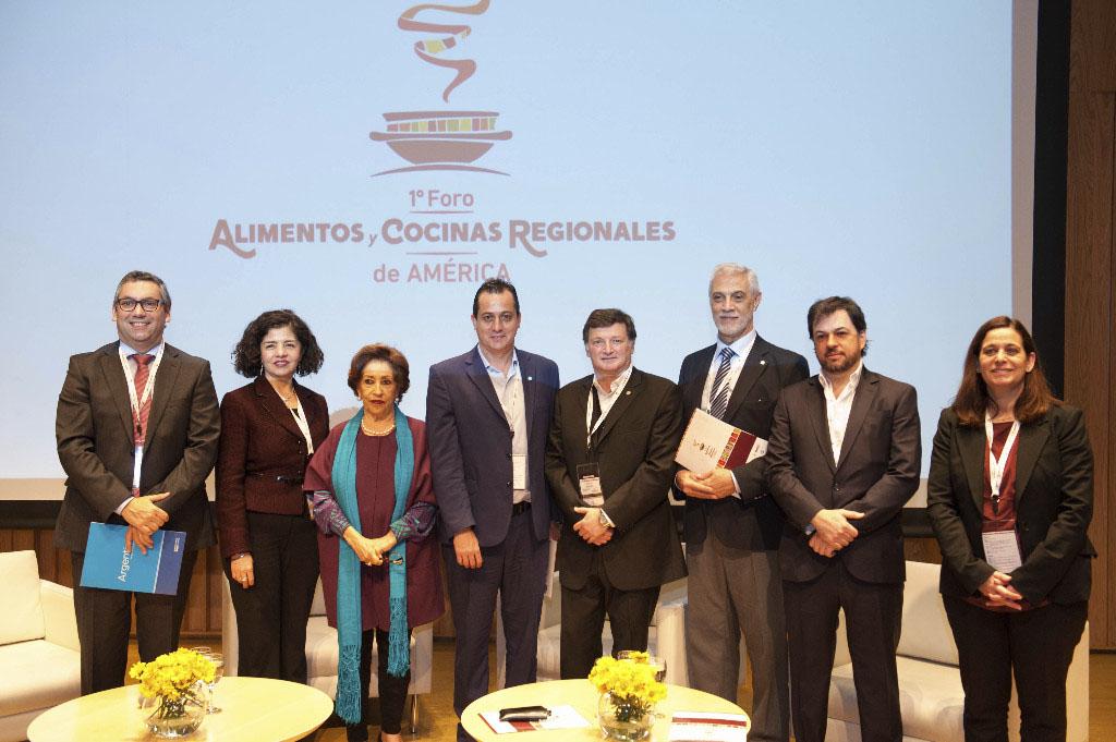 Sentí Argentina – Comenzó el Primer Foro Alimentos y Cocinas Regionales de América